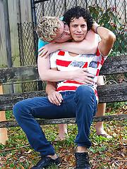 Pickup xxx twink and men kissing mens lips pics - at Real Gay Couples!