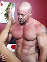 Gay male anal fisting at Bang Me Sugar Daddy