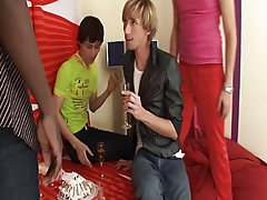 Long gay group sex and free gay man sex picture group sex porn at Crazy Party Boys