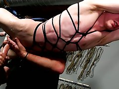 Leather gay masturbation and hidden male masturbation locker room - Boy Napped!