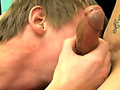 Philipp really knows how to suck cock twinks gay film clips