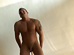 Muscle handsome nude male models and large muscle male chest porn