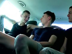 Uncut male nude and twink kissing picture - at Boys On The Prowl!