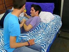 Emo gay boys kissing porn gallery