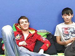Chase shows Christopher a good time in his first hardcore video gay twinks chool at Boy Crush!