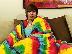 Twink boy cinema and interview gay boy sex porn at Boy Crush!