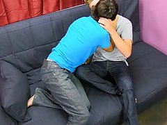Twink boys bubble butts porn pics and young boy underarm - at Real Gay Couples!