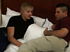 Virgin twink fucked by daddy and smart gay twink boys please play video