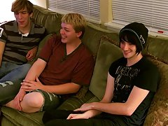 Teen twink cross dresser pics and ass vs man - at Boy Feast!