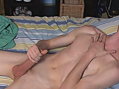 Byron is a hot str8 dude with an amazing ability to suck his own cock men caught masturbating thongs