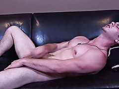 Panting hard, Steve unwrapped his dick at a fast pace, mildly jerking the inwards of his hip with his free hand.