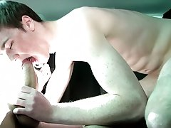 Gay anal positions and gay twinks fuck pics - at Boys On The Prowl!