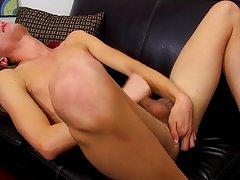 Anal boys twink tube and gay porno twink porn at Boy Crush!