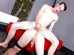 Young men penis pics and guys fucking weird things porn - Boy Napped!