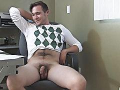 Broke College Boys masturbation for males at Broke College Boys!