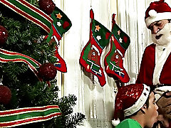 Soon, cum lands on Santa's behind, and it's time for him to get a favor for his anal trouble limp wrist gay hardcore
