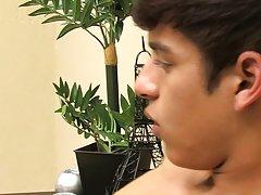 Chad penetrates Sebastian, a top who doesn't take the dick that often gay cut twinkat Boy Crush!