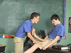 They on sucking each others dicks on the teacher's desk before Damien bends Dustin  to proceeds his little asshole gay mexican twinks at Teach Tw