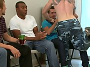 Online gay foot toe fisting groups and gay men having group sex at Sausage Party