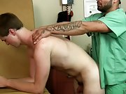 Naked boy cumshot pictures and white guy cumshots on black gay guy galleries