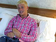 Twinks with bushes and face sitting twink pictures at Teach Twinks