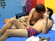 Emo twink boy uk mobile video and twinks footjob images