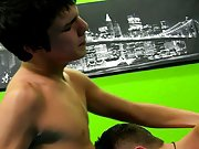 Beach twinks 3gp and twinks in the locker room gay porn at Boy Crush!