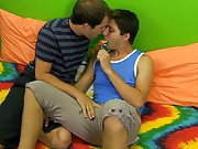 Hot green twink teen boys sex tube video and free videos of twinks having sex with each other
