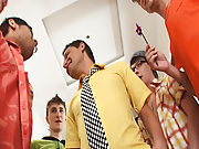 Total gay group sex and gay group handjobs at Crazy Party Boys